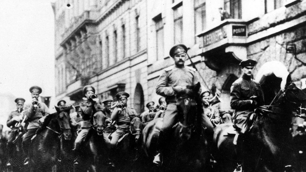 Soldaten in Petrograd, 1917