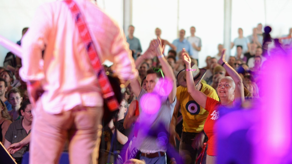 Donauinselfest, Publikum im Zelt