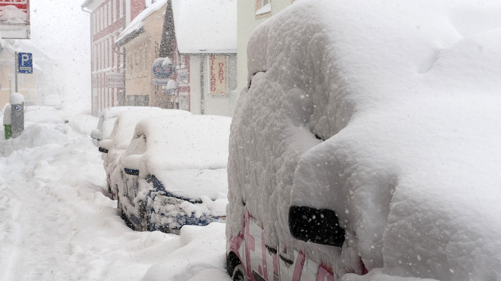 Wintereinbruch in Mariazell