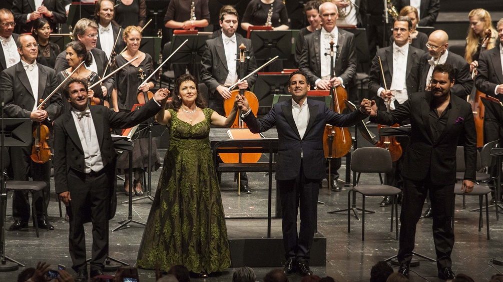 Marco Armiliato (Musikalische Leitung), Krassimira Stoyanova (Donna Lucrezia Borgia), Juan Diego Flórez (Gennaro), Ildar Abdrazakov (Don Alfonso), Mozarteumorchester Salzburg