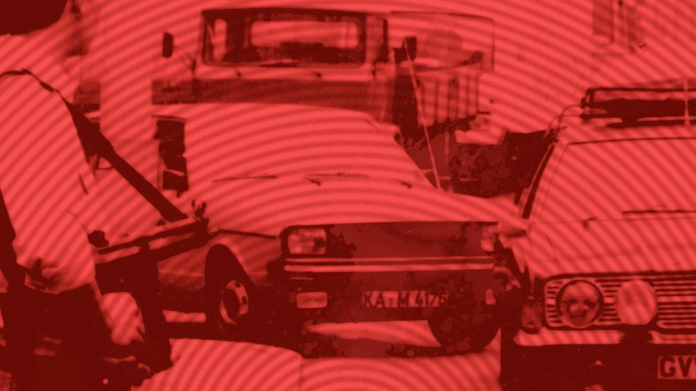 Buchcover-Ausschnitt, rotes Bild, Polizeikontrolle