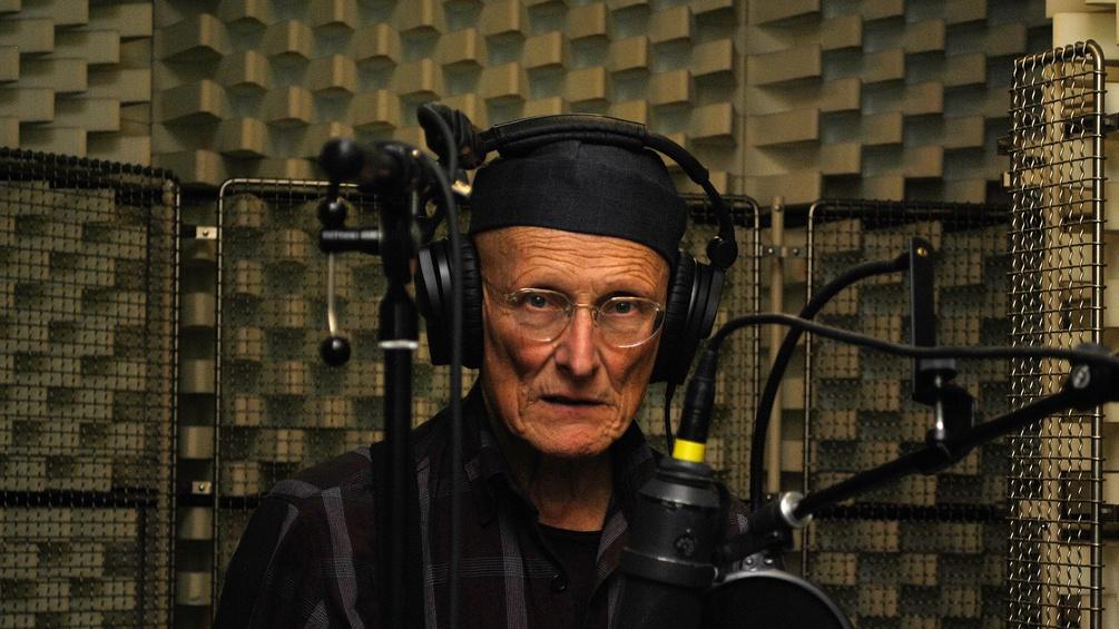Bodo Hell im Hörspiel-Studio von Ö1