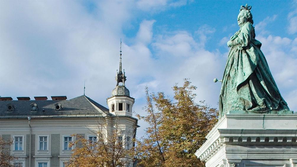 Maria-Theresien-Denkmal am Neuen Platz in Klagenfurt