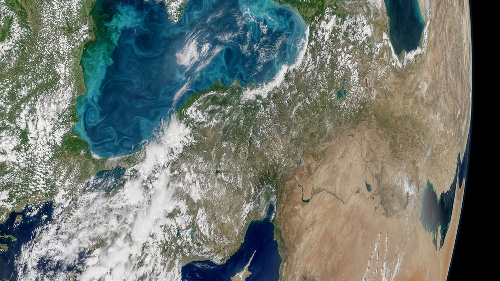 Blick aus dem All auf das Schwarze Meer
