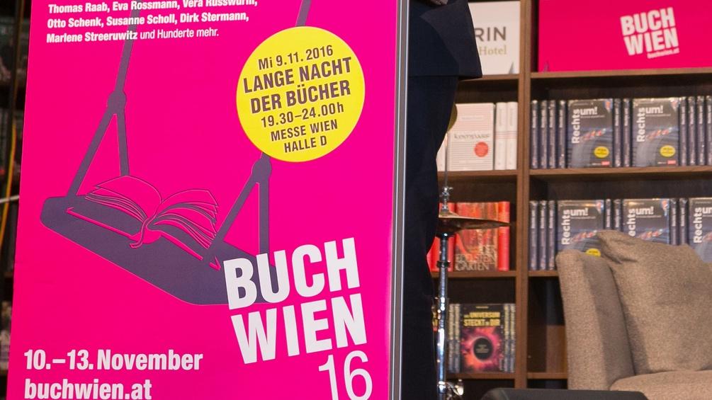 Buch Wien, Bücherregale