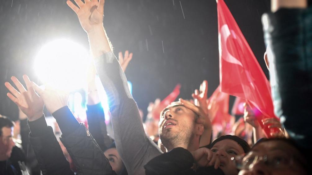 Reaktionen zum Erdogan Referendum