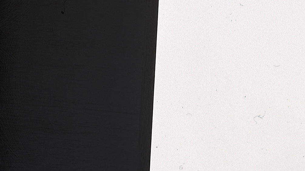 Eine schwarze und eine weiße Fläche