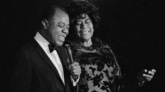 Louis Armstrong und Ella Fitzgerald singen
