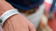 Ö1 Club-Lounge-Armband