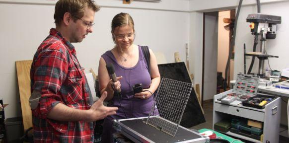 Florian Prix und Susanna Niedermayr mit Musikinstrument