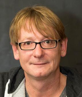 Mittelalterlicher Mann mit Brille
